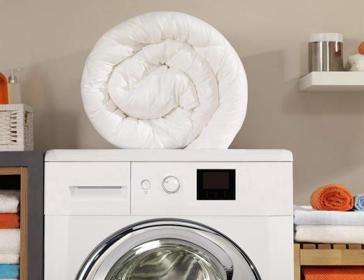 Lavare il piumone in lavatrice